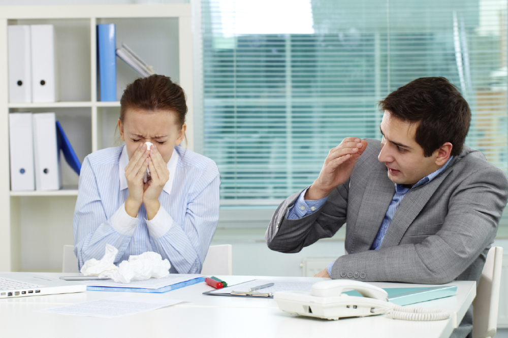 How to stay healthy at work in winter